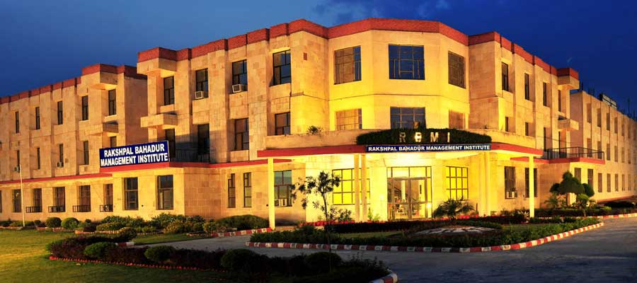 Top Management Colleges in noida - RBMI